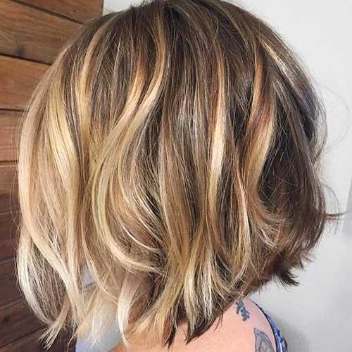 Short Wavy Bob Hair