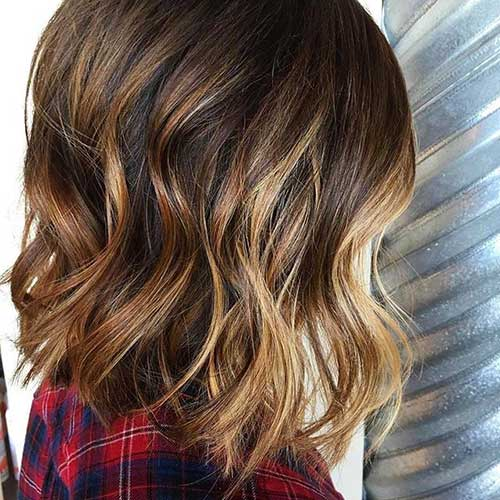Short Brown Wavy Hairstyles