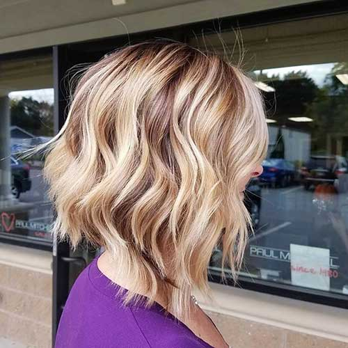 Short Beach Waves Hairstyle
