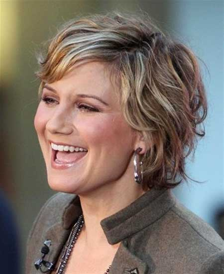 Short Haircuts for Women with Round Faces - 10
