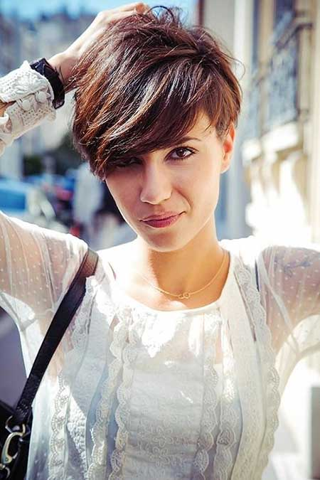 Short Hairstyles for Oval Faces - 10