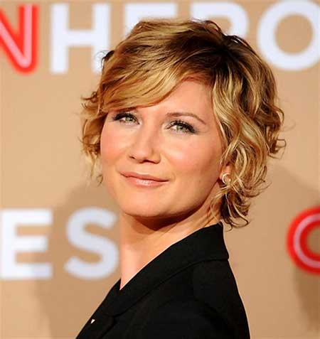Short Haircuts for Women with Round Faces - 12