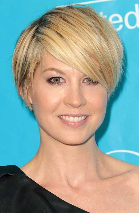 Short Haircuts for Women with Round Faces - 16