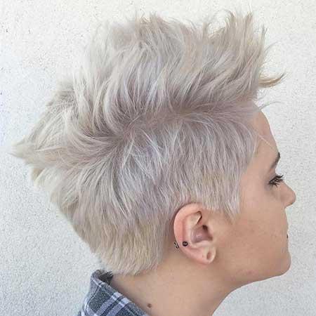Short Blonde Ash Hair - 18