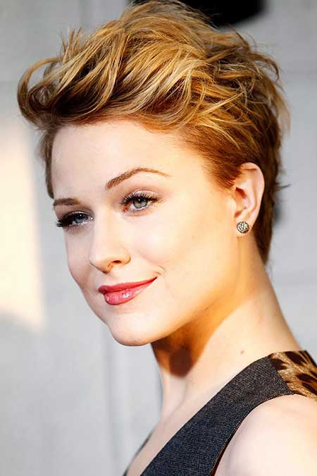 Short Haircuts for Women with Round Faces - 18