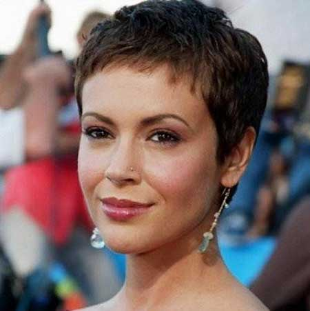 Short Hairstyles for Oval Faces - 18