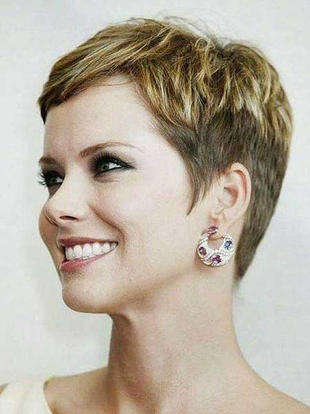 Short Hairstyles for Oval Faces - 19