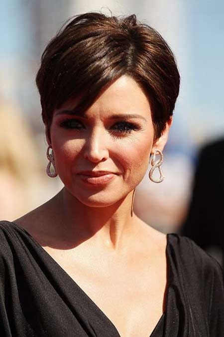 Short Haircuts for Women with Round Faces - 7