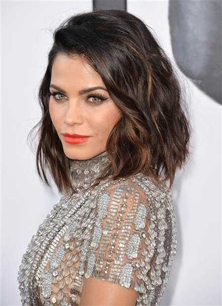 Short Hairstyles for Oval Faces - 8