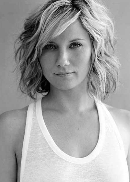 Short Haircuts for Women with Round Faces - 9
