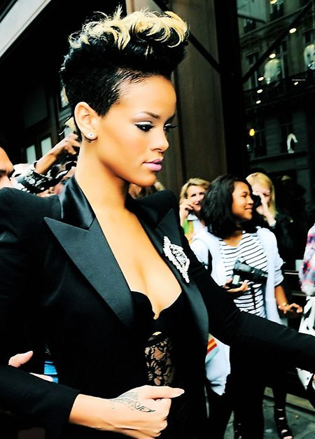Rihanna Women Some Rock
