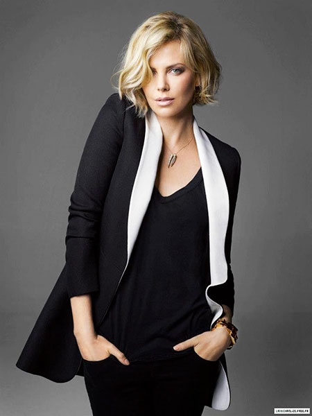 Trendy Hair, Theron Charlize Top Sweater