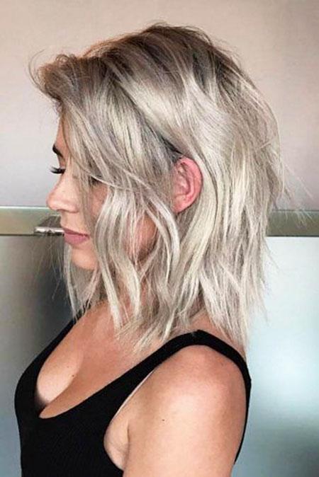 25 Short To Medium Layered Haircuts Short Hairstyles 2018