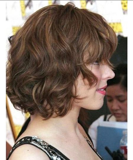 Hair Wavy Medium Dark