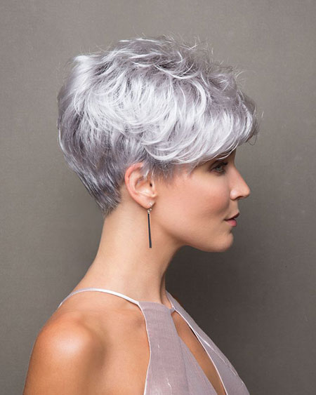 Pixie Voluminous Long Cut