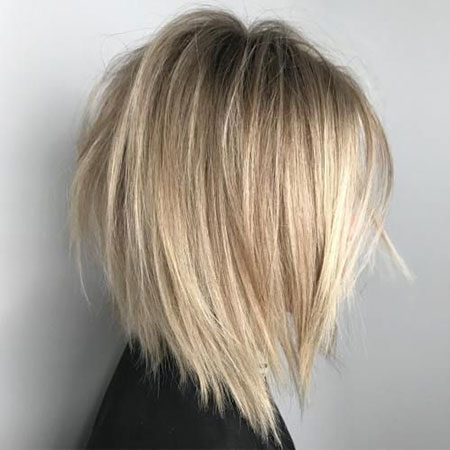 Blonde Bob Bobs Layers