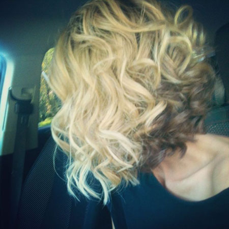 Hair Bob Curly Inverted