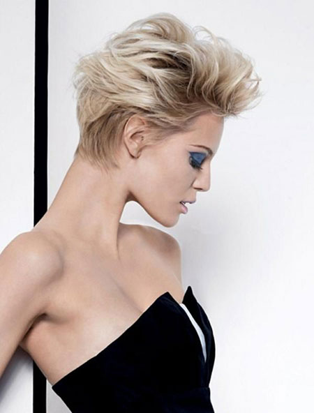 Short Ladies Pixie Haircuts