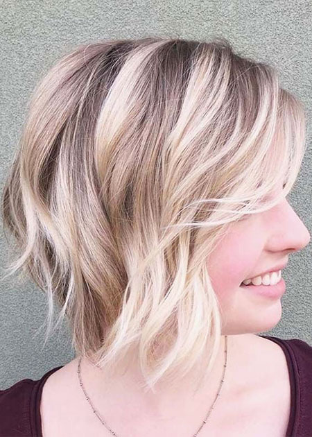 20 Short Layered Hairstyles for Fine Hair