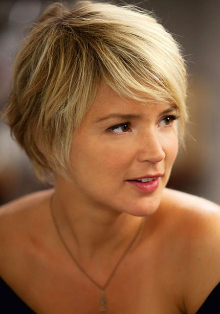 Short Hair Pixie Bronde