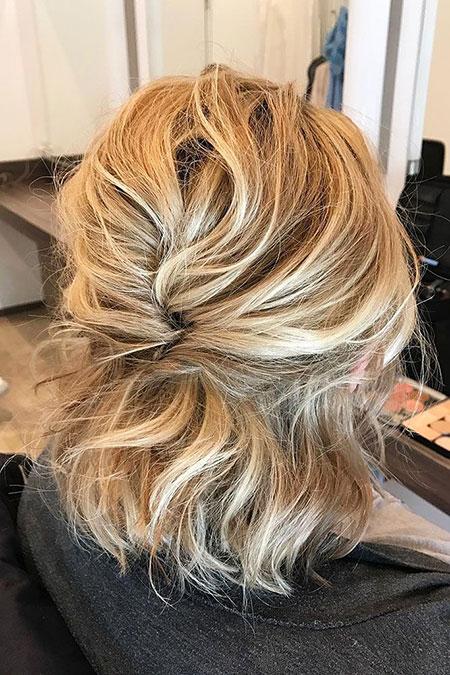 Updo Hairtyles Blonde Short