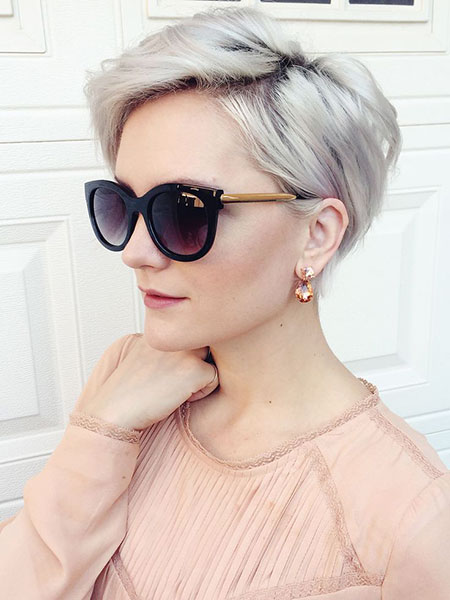 Fine Pixie, Hair Short Pixie Grey