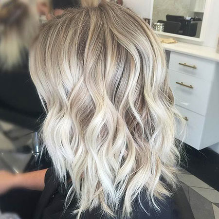 23 Short Ash Blonde Hair Color