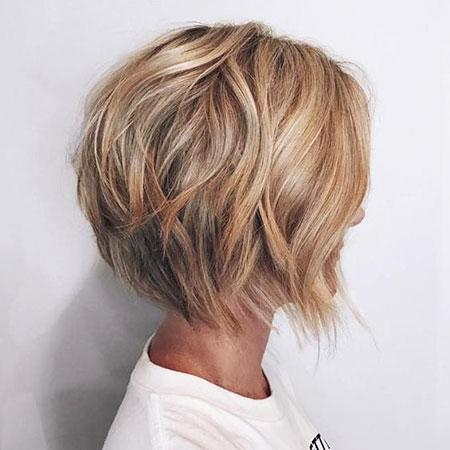 2018 Blonde Short Hairtyle, Blonde Layered Bob Short