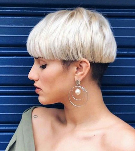 Pixie Short Voluminous All