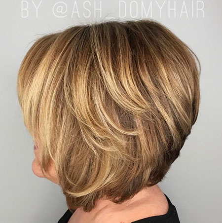 Over 60 Haircut, Layered Bob Bronde 60