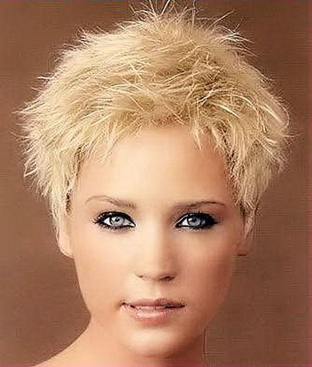 Short Hair Women Styles