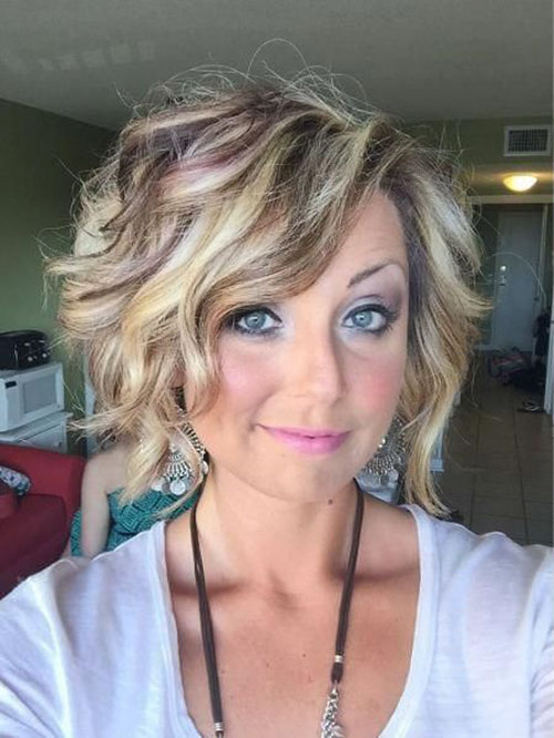 Layered Short Haircuts For Round Faces
