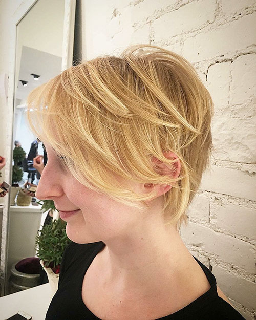 Short Hair Style For Thin Hair