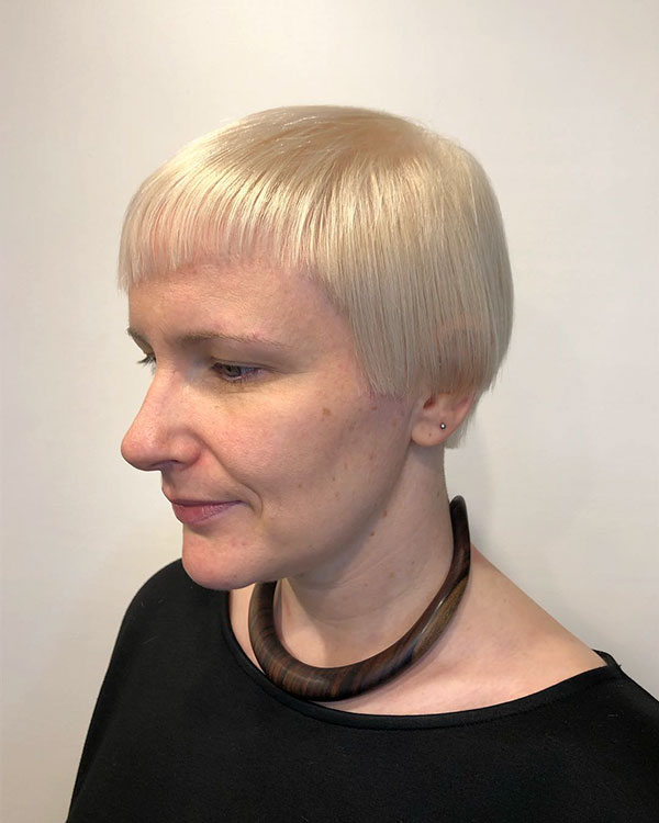 Pictures Of Short Haircuts For Over 50